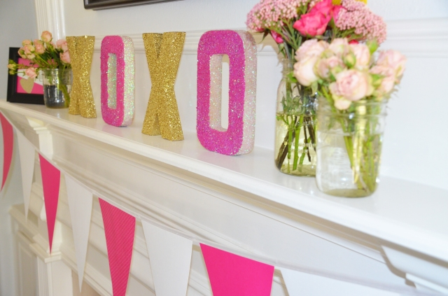 XOXO Valentine Decor: KiKiMac